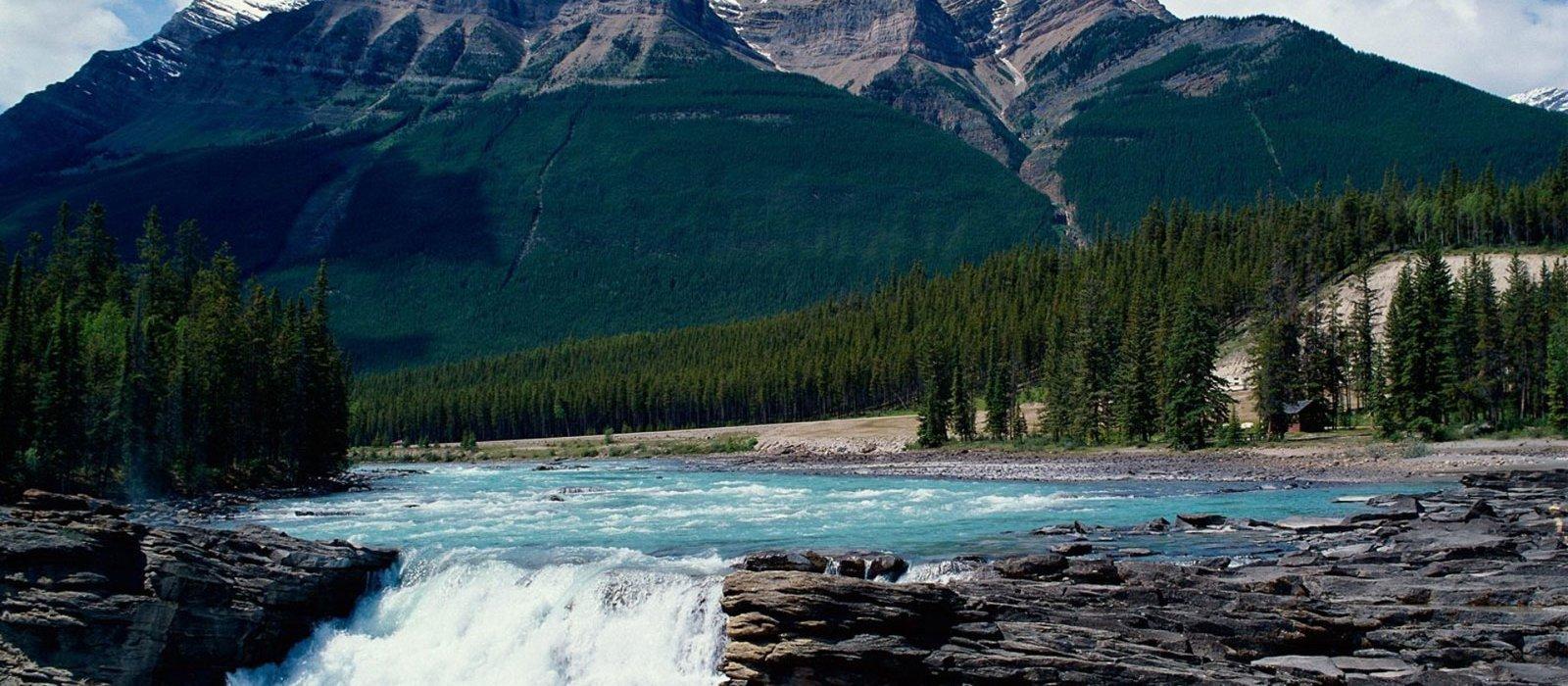 HALLMARK CANADIAN ROCKIES